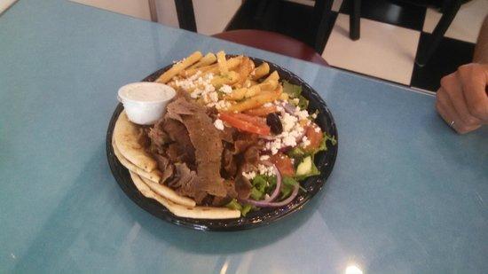 Yassou Greek Grill Cafe: Enjoy!