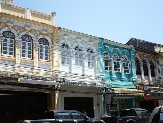 Old Phuket Town : portuguese houses