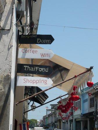 Old Phuket Town : street