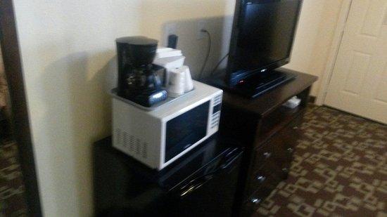 Travelodge Newport: Frigorifero, microonde e macchina del caffè