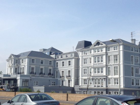 Hythe Imperial: Hotel front