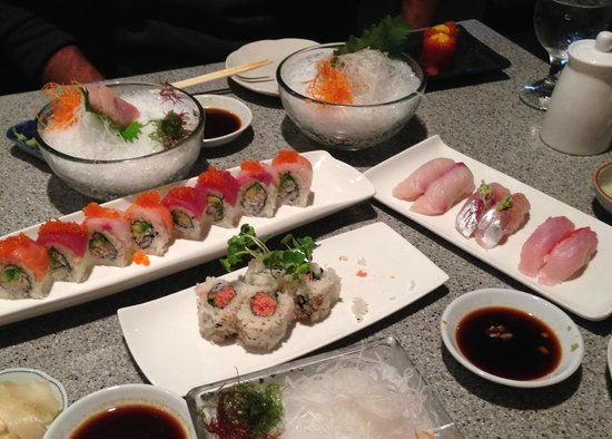 Hana Japanese Restaurant: lots of great sushi/sashimi - average rolls