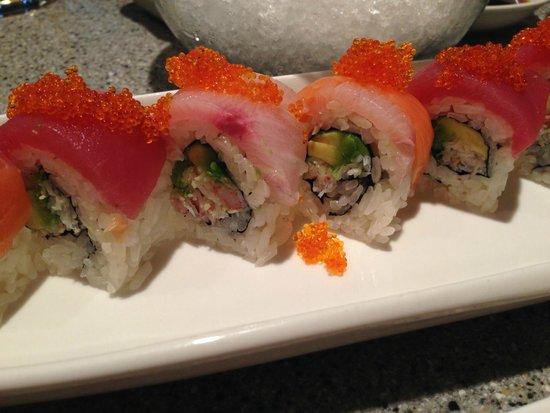 Hana Japanese Restaurant: nice dragon roll