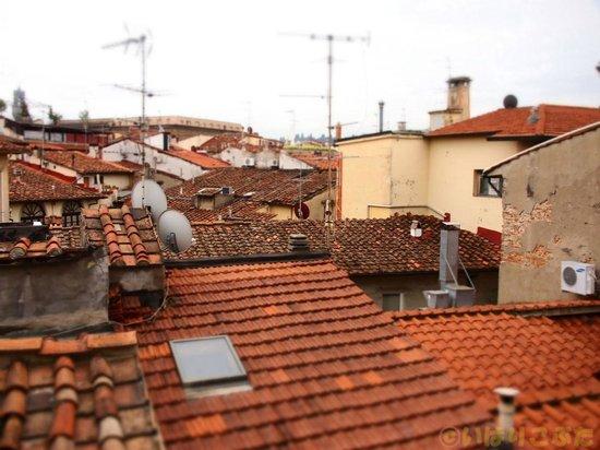 JK Place Firenze : 屋上の共用スペースからの眺め