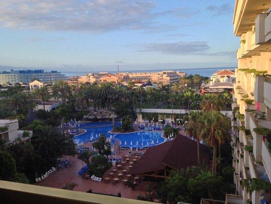 Hotel Best Tenerife: Vue du balcon, très agréable !