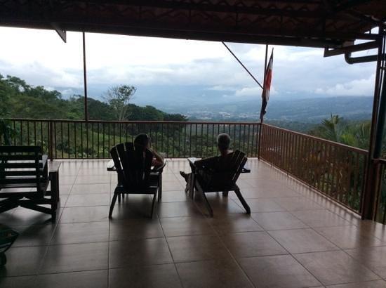 La Cascada Bed and Breakfast: stunning views from veranda