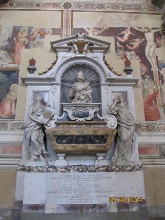 Basilica di Santa Croce: Galileo's tomb