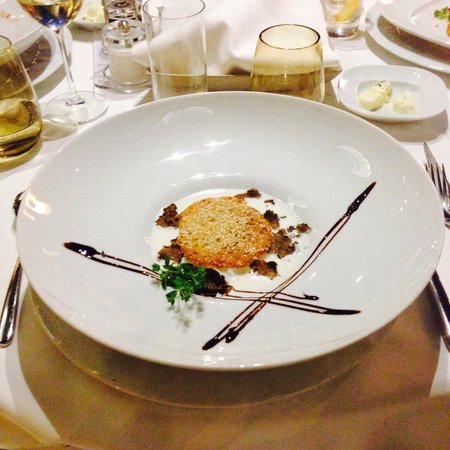 Bevanda : Poached eggs and truffle