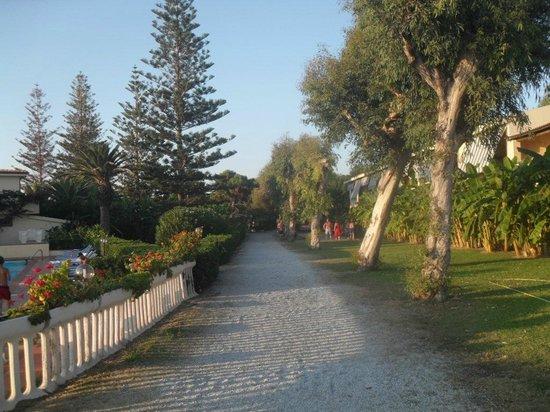Hotel Villaggio Roller Club: Via del Mare