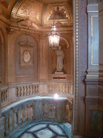 salle de bain picture of hotel de la paiva paris. Black Bedroom Furniture Sets. Home Design Ideas