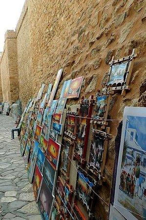 Kasbah of Hammamet: Tunisia: quadri sul muro