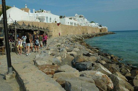 Kasbah of Hammamet: Tunisia: contrasto di colori
