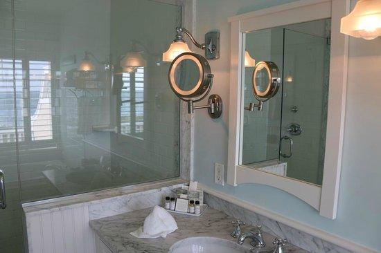 Castle Hill Inn : Bathroom