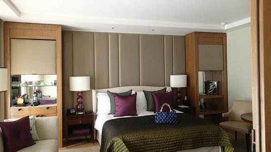 Corinthia Hotel London : Superior King Suite