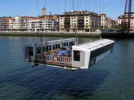Vizcaya Bridge: Bridge cabin