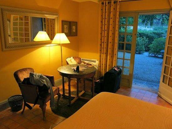 Baumanière les Baux de Provence : Room