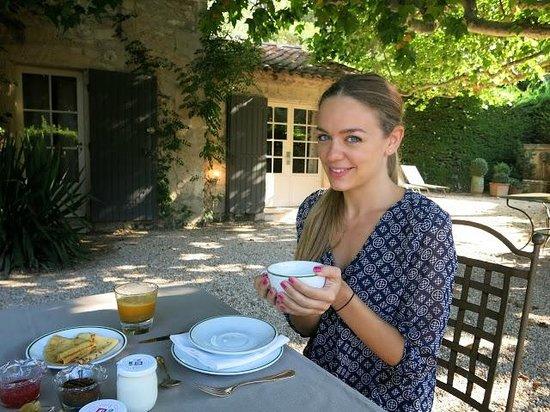 Baumaniere les Baux de Provence: Breakfast
