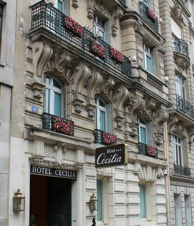 Hôtel Cécilia Paris Arc de Triomphe : Hotel Cecilia