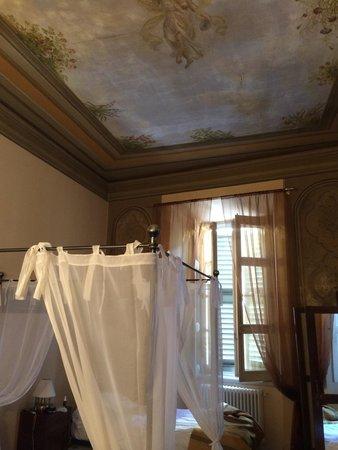 Bed and Breakfast Alba : Chambre de charme!!
