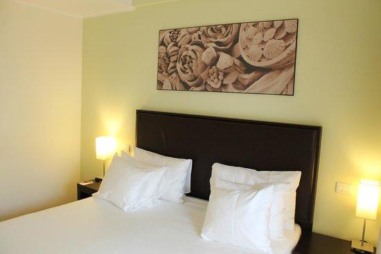 NH Collection Roma Giustiniano: Schlafbereich der JuniorSuite (Zimmer 602)