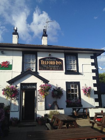 Telford Inn: the pub