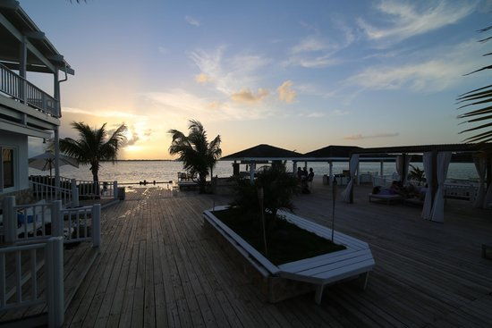 Turquoise Cay Boutique Hotel: beautiful location