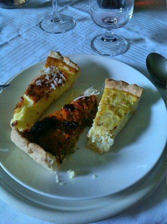 Ristorante dell'Agriturismo Dongili: Le torte 1-di cipolle 2-olive 3-formaggio monte veronese