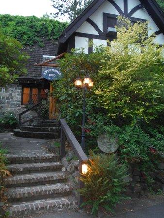 The Stonehouse Restaurant & Pub: Stonehouse Pub