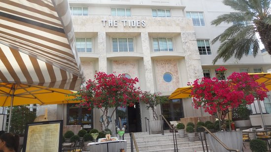 The Tides South Beach: Front-view
