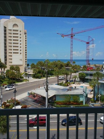 Clearwater Beach Hotel: Beautiful rooms from every direction
