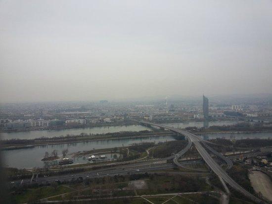 Donauturm: Olha a vista...