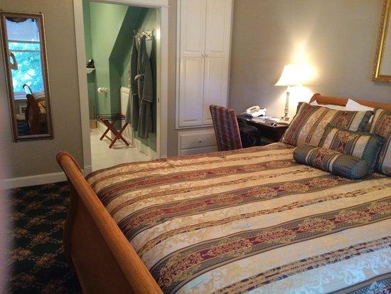 Campbell House, A City Inn: My room