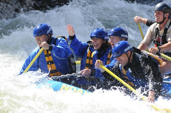 Noah's Ark Colorado Rafting & Aerial Adventure Park: Day on the River