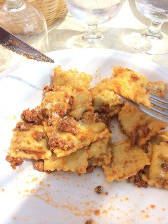 Ou grumallu Azienda Agrituristica: Ravioli al tocco