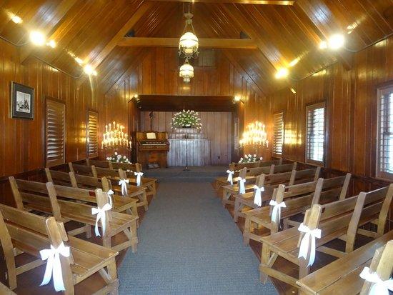 Little Church of the West: little lovely church