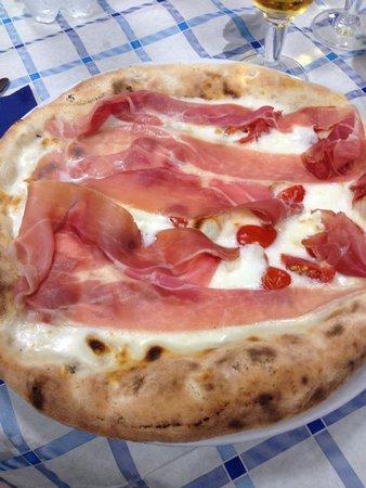 Pizzeria jonny: Pizza prosciutto e pomodorini