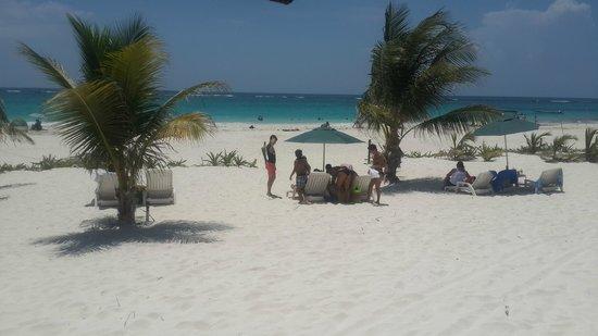 Cabanas Zazilkin: acesso a praia