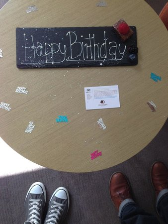 DoubleTree by Hilton Manchester Piccadilly: Birthday surprise on arrival