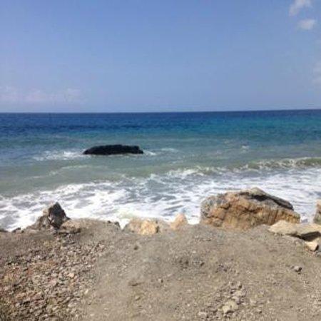 Therma Beach: plage au loin