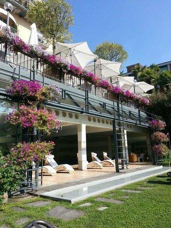 Grand Hotel Villa Castagnola: Terrasse Lunch und Morgenessen von unten