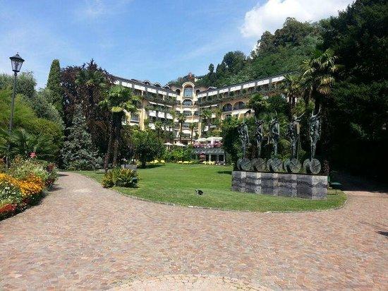 Grand Hotel Villa Castagnola: Blick auf Hotel und Park