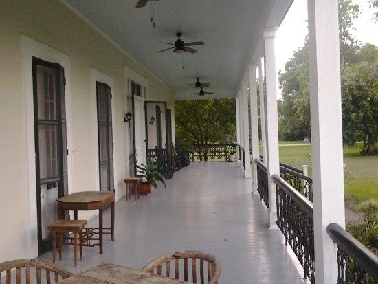 Woodland Plantation - A Country Inn: back porch