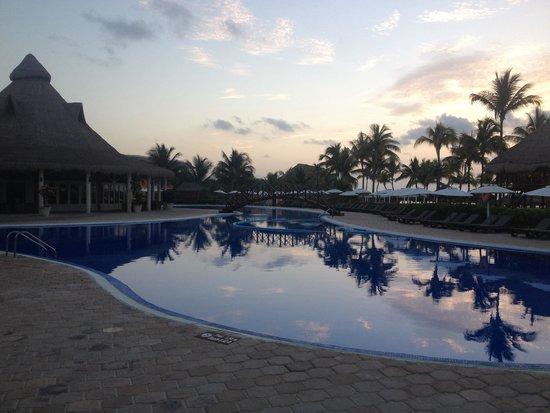 Ocean Maya Royale: Peaceful