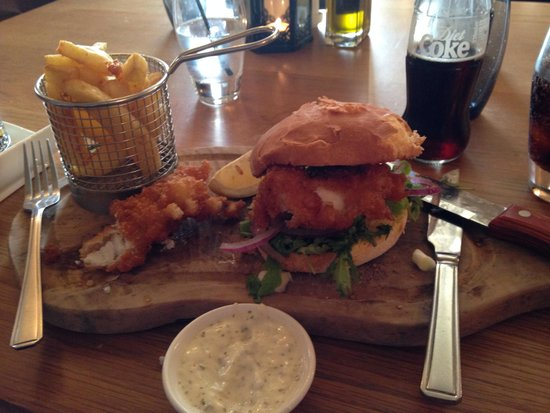 The Waterside Restaurant Bar & Terrace: Now that's a fish finger butty!!!