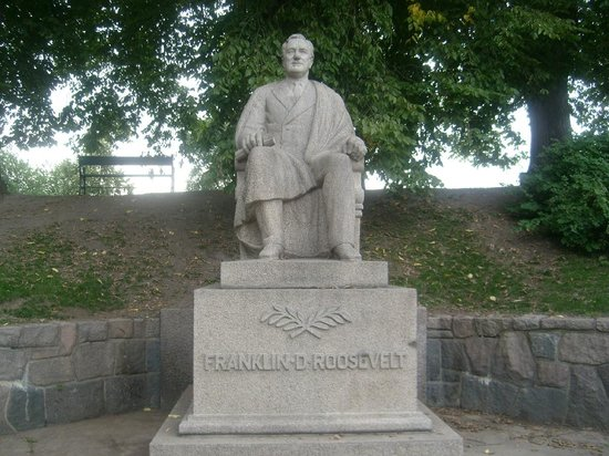 Statue of Franklin D. Roosevelt