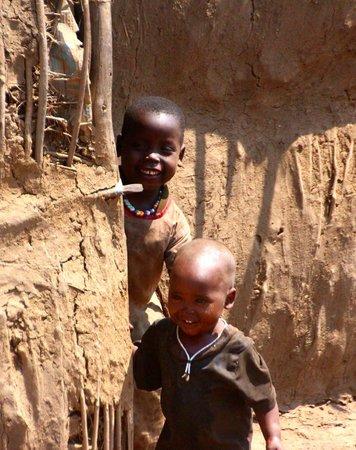 Olpopongi - Maasai Cultural Village & Museum: Maasai children at play