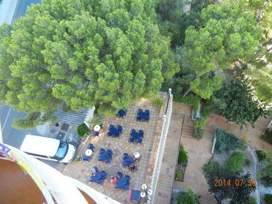 Hotel Blue Bay: Vista do quarto 724