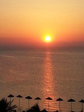 SENTIDO Rosa Beach : Sunset