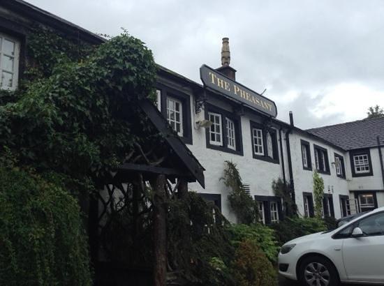 The Pheasant Inn: lovely old English inn