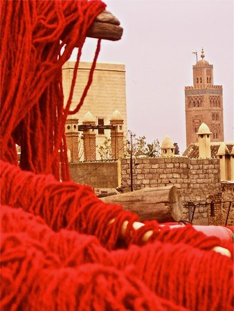 Koutoubia Mosque and Minaret: Des terrasses des teinturiers : une icone